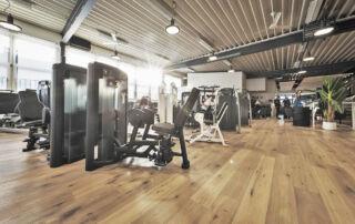 fitnesscenter-halle41-kloten-krafttraining-2